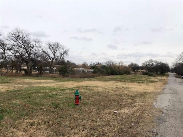 6017 Mccullar Street, Haltom City, TX 76117 (MLS #14213739) :: Tenesha Lusk Realty Group