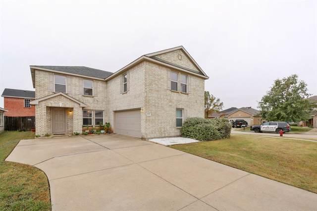 2015 Burnet Drive, Grand Prairie, TX 75052 (MLS #14213847) :: The Hornburg Real Estate Group