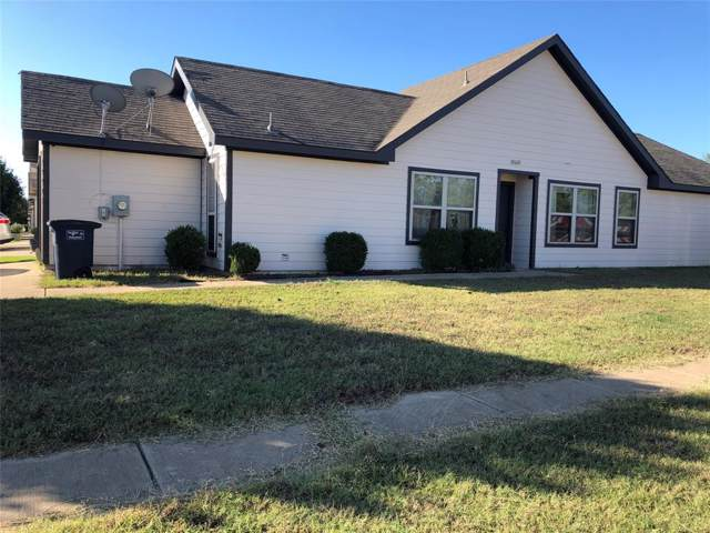 10600 Many Oaks Drive, Fort Worth, TX 76140 (MLS #14216296) :: RE/MAX Town & Country
