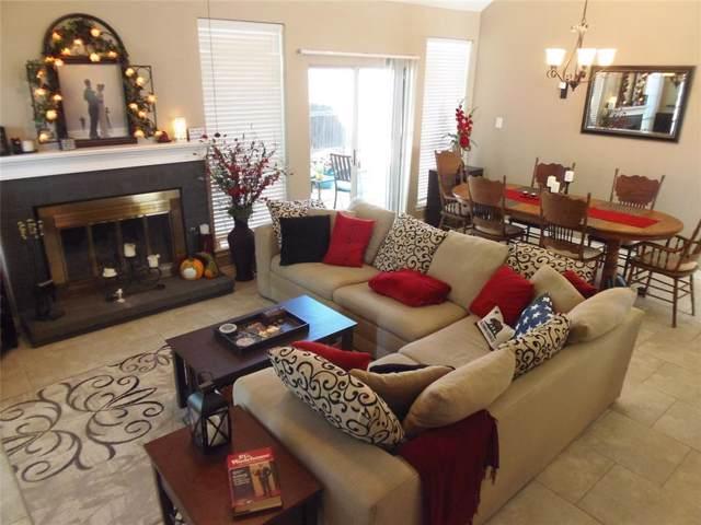 8474 Creekside Circle, Frisco, TX 75034 (MLS #14217127) :: Tenesha Lusk Realty Group