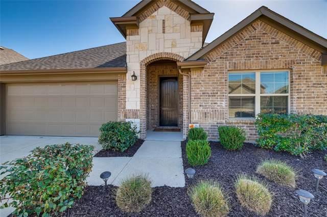 1704 Fountain Vista, Wylie, TX 75098 (MLS #14217224) :: Lynn Wilson with Keller Williams DFW/Southlake