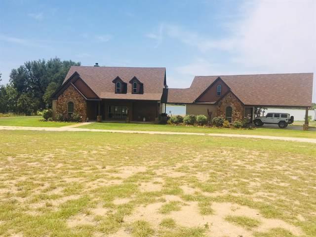 695 Comanche Lake Road, Comanche, TX 76442 (MLS #14217514) :: The Welch Team