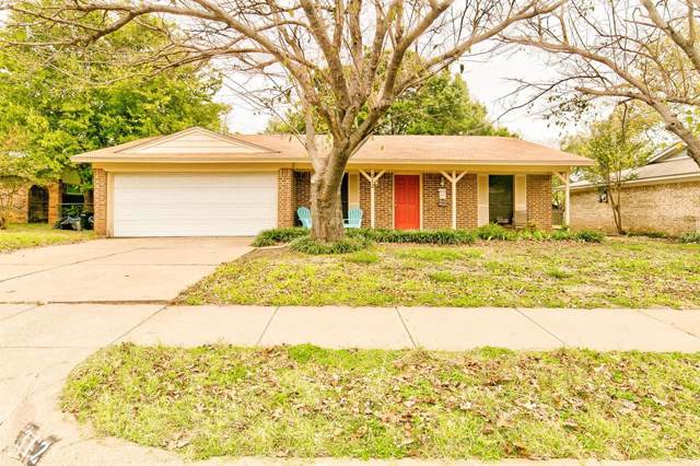 312 Suzanne Terrace, Burleson, TX 76028 (MLS #14217786) :: RE/MAX Town & Country