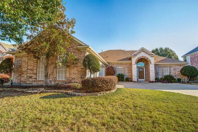 706 Walnut Hollow Drive, Mansfield, TX 76063 (MLS #14218370) :: RE/MAX Town & Country