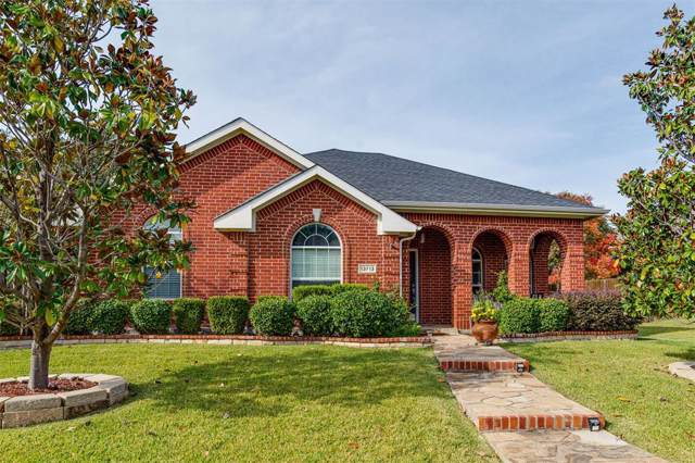 13713 Badger Creek Drive, Frisco, TX 75033 (MLS #14218429) :: RE/MAX Town & Country