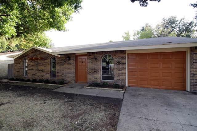 917 La Fiesta Drive, Grand Prairie, TX 75052 (MLS #14219337) :: The Hornburg Real Estate Group