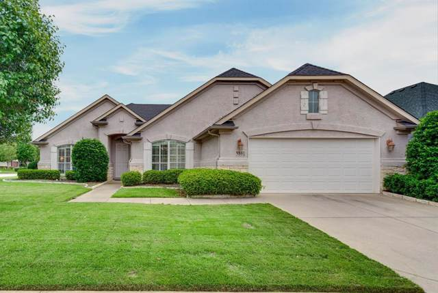 9801 Crestridge Drive, Denton, TX 76207 (MLS #14219423) :: RE/MAX Town & Country