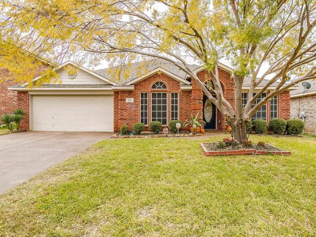 927 Hidden Oaks Drive, Burleson, TX 76028 (MLS #14219652) :: RE/MAX Town & Country