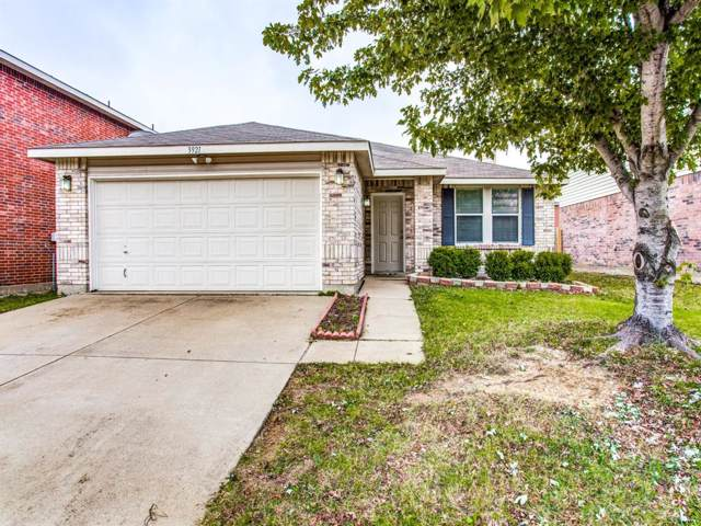 3921 Irish Setter Drive, Fort Worth, TX 76123 (MLS #14220160) :: RE/MAX Town & Country