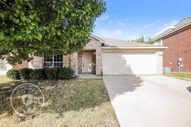 704 Mistymoor Lane, Fort Worth, TX 76052 (MLS #14220327) :: The Tierny Jordan Network