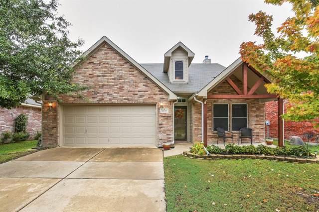 1630 Hillside Drive, Waxahachie, TX 75165 (MLS #14220442) :: RE/MAX Town & Country
