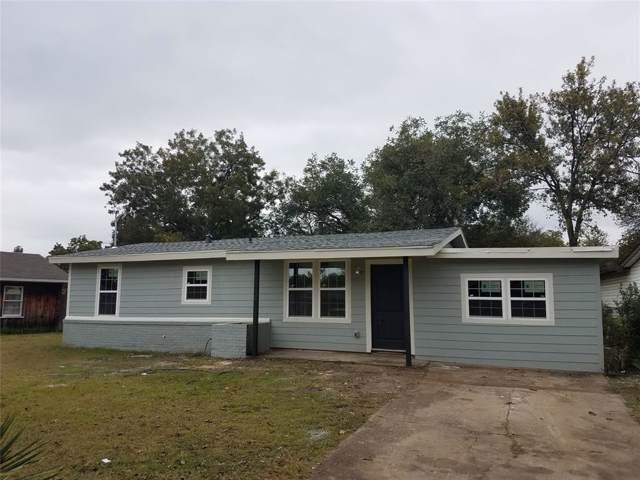 4736 Laverda Drive, Haltom City, TX 76117 (MLS #14220668) :: Team Hodnett