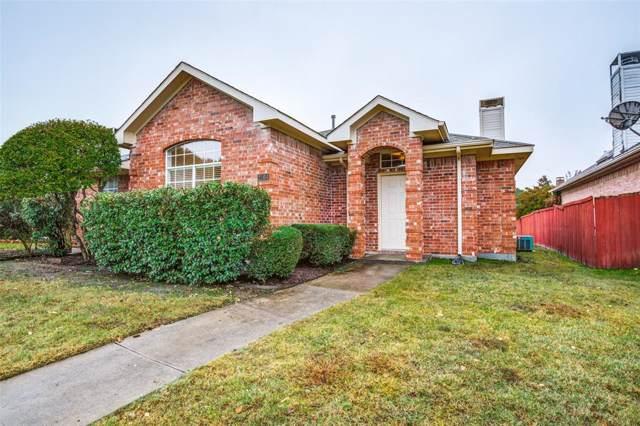 2164 Chapman Drive, Carrollton, TX 75010 (MLS #14220852) :: Tenesha Lusk Realty Group