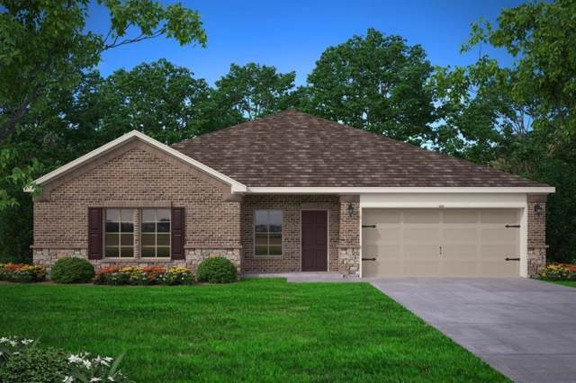 903 S Mulberry Street, Ennis, TX 75119 (MLS #14220875) :: Century 21 Judge Fite Company