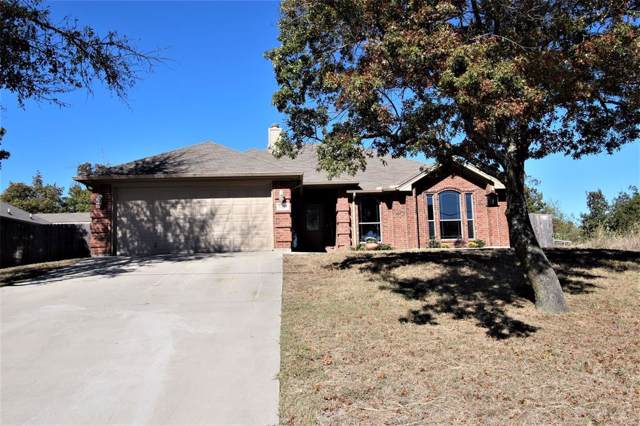 1424 Vine Street, Weatherford, TX 76086 (MLS #14220888) :: RE/MAX Town & Country