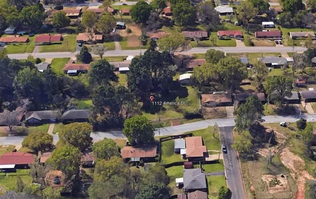 1112 America Drive, Longview, TX 75604 (MLS #14221052) :: The Heyl Group at Keller Williams