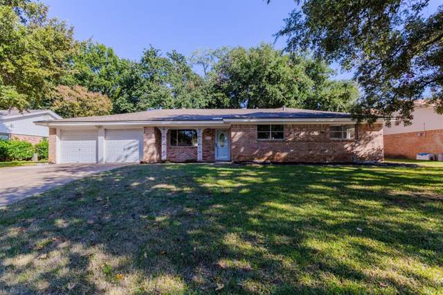 212 Glenn Drive, Hurst, TX 76053 (MLS #14221312) :: RE/MAX Town & Country
