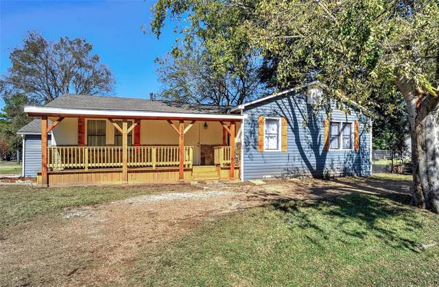 320 W Evans Avenue, Bonham, TX 75418 (MLS #14221738) :: Baldree Home Team