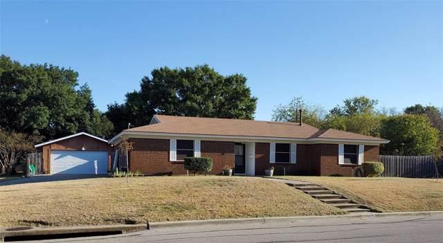 5928 Rosalyn Drive, Watauga, TX 76148 (MLS #14222287) :: Lynn Wilson with Keller Williams DFW/Southlake