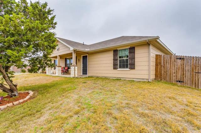 613 Brazos Vista Court, Weatherford, TX 76087 (MLS #14222352) :: RE/MAX Town & Country
