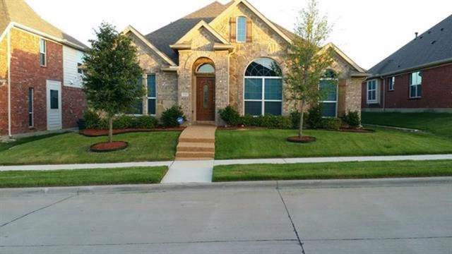 Desoto, TX 75115 :: RE/MAX Town & Country