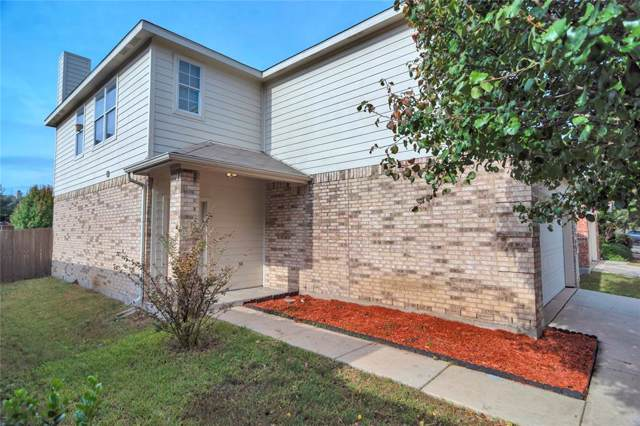 2812 Lynx Lane, Fort Worth, TX 76244 (MLS #14222455) :: The Mauelshagen Group