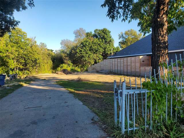 100 N Barnett Avenue, Dallas, TX 75211 (MLS #14222540) :: RE/MAX Town & Country