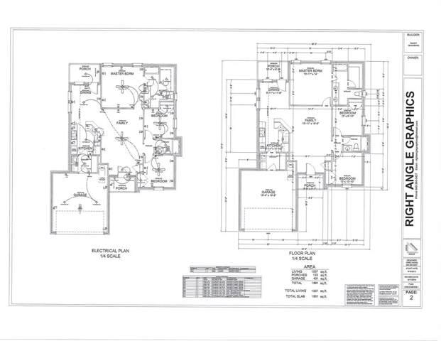319 E Pine, Alvord, TX 76225 (MLS #14222680) :: Lynn Wilson with Keller Williams DFW/Southlake