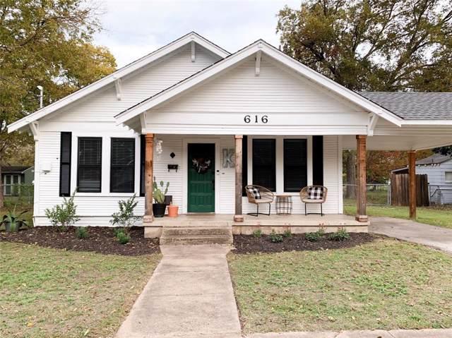 616 Dunn Street, Waxahachie, TX 75165 (MLS #14222693) :: Century 21 Judge Fite Company