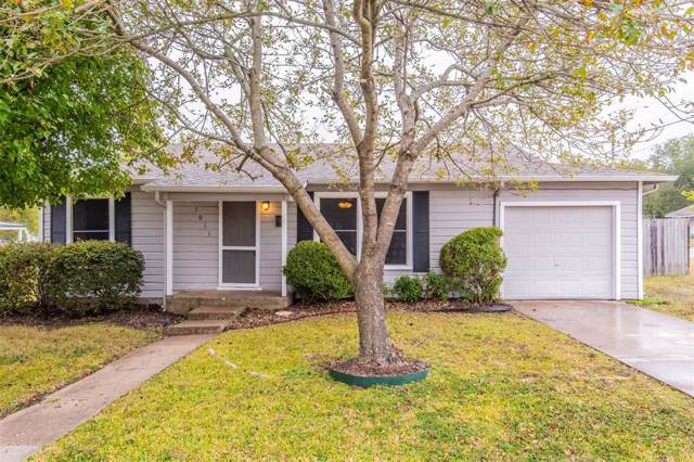 1011 Poindexter Avenue, Cleburne, TX 76033 (MLS #14222733) :: Ann Carr Real Estate