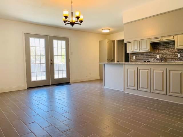 2403 Glacier Street, Irving, TX 75062 (MLS #14222885) :: Caine Premier Properties