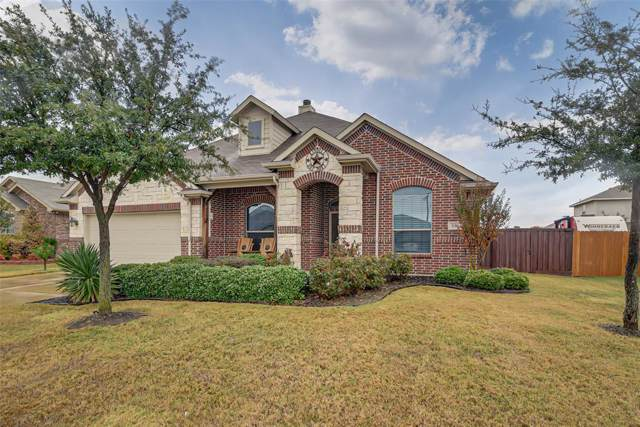 556 Bretts Way, Burleson, TX 76028 (MLS #14223342) :: RE/MAX Town & Country