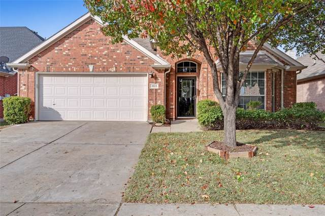 3925 Glenwyck Drive, North Richland Hills, TX 76180 (MLS #14223365) :: RE/MAX Town & Country