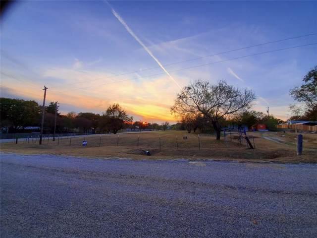 349 Wonder Drive, Springtown, TX 76082 (MLS #14223699) :: The Kimberly Davis Group