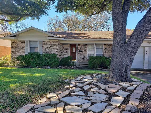 2429 Livenshire Drive, Garland, TX 75041 (MLS #14223799) :: Lynn Wilson with Keller Williams DFW/Southlake