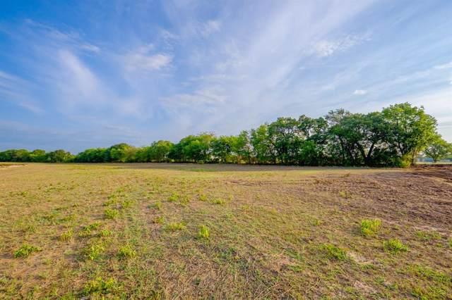 120 Floras Way, Decatur, TX 76234 (MLS #14224652) :: Real Estate By Design