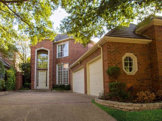 2 Woodcreek Lane, Frisco, TX 75034 (MLS #14224672) :: RE/MAX Town & Country