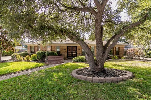 217 Circleview Drive S, Hurst, TX 76054 (MLS #14224832) :: The Chad Smith Team