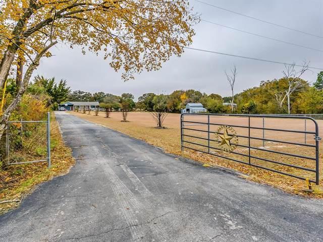 3301 Twin Creeks Drive, Cleburne, TX 76031 (MLS #14224940) :: Frankie Arthur Real Estate