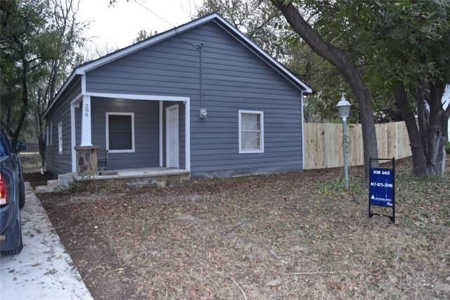 206 N Buffalo Street, Chico, TX 76431 (MLS #14225043) :: RE/MAX Pinnacle Group REALTORS