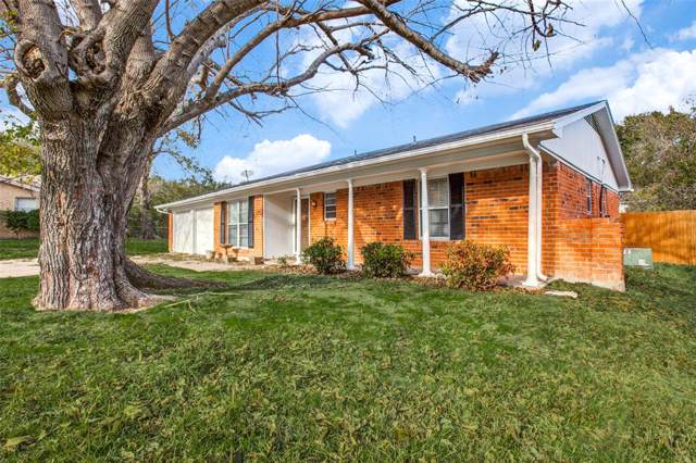 614 Todd Court, Burleson, TX 76028 (MLS #14225754) :: RE/MAX Town & Country