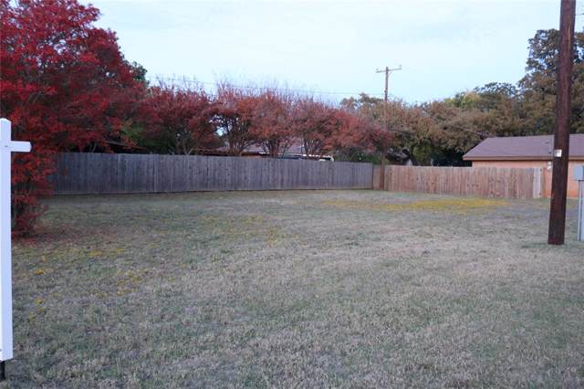 452 Plainview Drive, Hurst, TX 76054 (MLS #14225894) :: RE/MAX Town & Country