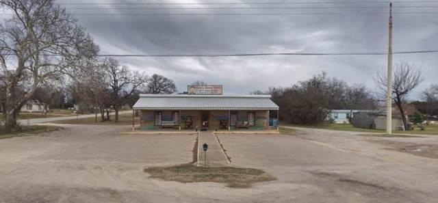 901 S Parkway Drive, Alvarado, TX 76009 (MLS #14226137) :: Frankie Arthur Real Estate