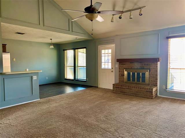909 Meadowdale Drive, Royse City, TX 75189 (MLS #14226311) :: RE/MAX Town & Country