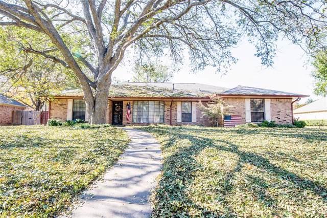 810 Delphi Drive, Duncanville, TX 75137 (MLS #14226332) :: RE/MAX Town & Country
