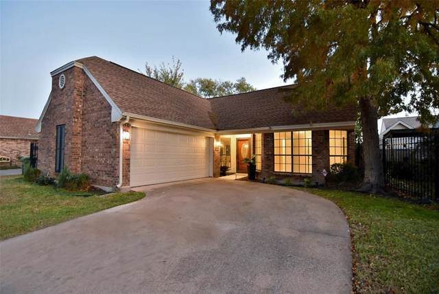 1416 Autumn Chase Square, Bedford, TX 76022 (MLS #14226773) :: RE/MAX Town & Country