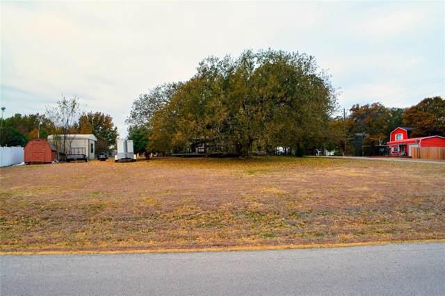 218 Chambers Drive, Alvarado, TX 76009 (MLS #14226975) :: RE/MAX Pinnacle Group REALTORS