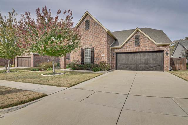 2703 Stonebriar Court, Arlington, TX 76001 (MLS #14227207) :: RE/MAX Town & Country