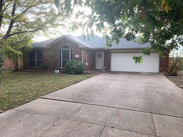 610 Fort Worth Street, Mansfield, TX 76063 (MLS #14227394) :: The Chad Smith Team