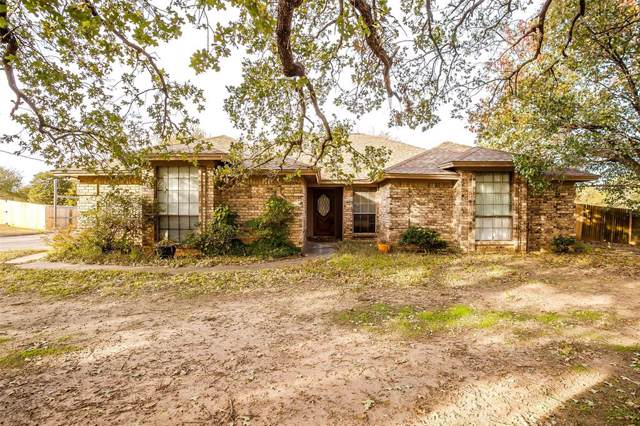 216 Moore Road, Burleson, TX 76028 (MLS #14227558) :: RE/MAX Town & Country